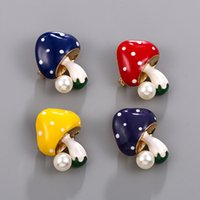 Brooch Cartoon Dripping Oil Mushroom Brooch Fashion Cute Little Collar Pin Simple Pearl Brooches Pin Clothing Jewelry Accessories