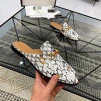Bir Tasarımcı Lüks Yeni Renkler Princetown Katırlar Loafer'lar Khaki Tüm Kahverengi Deri Terlik Kadın Erkek Casual Loafer'lar Için Katır Büyük Boy 38-45