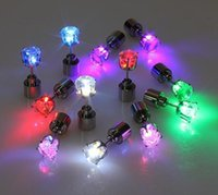 스터드 크리스마스 선물 플래시 헤어핀 귀걸이 조명 스트로브 LED Luminous Light Up 나이트 클럽 파티 귀걸이 O87X B6kt