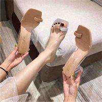 2021 الصيف الجديدة الصنادل الشفافة المرأة منتصف كعب سميكة الكعب أحذية عالية الكعب أحذية النساء كلمة مع الصنادل تو والخشب