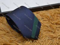 Üst Tasarımcı Kravat Erkekler Yüksek Dereceli İpek Iş Kravat Küçük Küçük Arı Baskı İş Giysileri Düğün Hediyesi Bağları G02