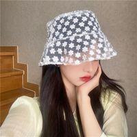 Широкие Breim Hats Daisy Вышитые ведра Шляпа Прозрачные Панама Женщины Кружева Цветок Пляж Полая сетка Тонкий Землик Рыбак