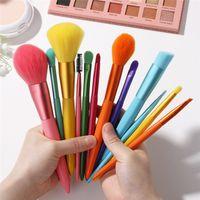 BNAFI 12 ADET Şeker Renk 8 Renkler Makyaj Fırça Profesyonel Toz Temel Göz Farı Makyaj Fırçalar Set Allık