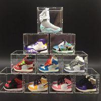 Mini 3D Stereo Sneaker Sneaker Portachiavi Decorazione Creativo Catena chiave Automobile Uomini Appeso Scarpe da basket Stringa da Basket Model Stereo Couple Regalo Serie Souvenir