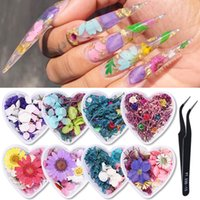 1 Box 3D Dried Flower Nails Decoration Natural Floral Sticker Mixed Dry Flowers DIY Nail Art Decals Jewelry UV Gel Polish Manicure