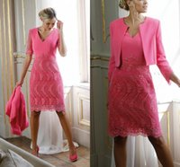 Sheath Lace Mother Of The Bride Dresses With Long Sleeves V Neck Evening Gowns Knee Length Short Wedding Guest Dress
