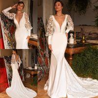 Stylish Backless Lace Mermaid Wedding Dresses Deep V Neck Bridal Gowns Long Sleeves Sweep Train Plus Size Vestido De Novia