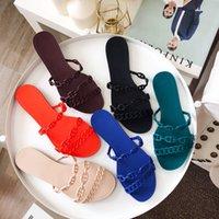 Мода Женщина цепные тапочки скользиты сандалии сандалии женские сандалии резиновые резиновые желе тапочки плоская обувь Babouche Party Low Cutter с коробкой