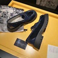 디자이너 신발 발 뒤꿈치 여성 Shoe Sandal Martin 플랫폼 신발 새끼 고양이 힐 가죽 봄 가을 chirstmas 웨딩 드레스