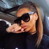 Sexy Kim Women Gafas de sol Square Retro Designer Top Gafas de sol Kardashian Vintage Piloto Plano Sombras Negras grandes Lujo VWDOL