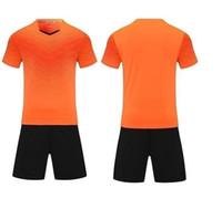 Leerer Fußball-Jersey-Uniform personalisierte Team-Shirts mit Shorts-gedruckten Design-Namen und Nummer 16898