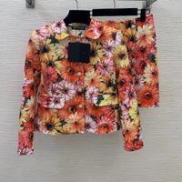 İki Parça Elbise 2021 Sonbahar Kış Yaka Boyun Uzun Kollu Panelli Mont Ve Kadın Moda Baskı Etekler Için 2 Parça Setleri 1019-8