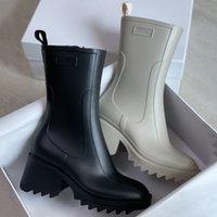 2021 Женщины Betty Boots PVC Резиновая Платформа извета навесной Коленый Высокий Высокий Дождь Ботинок Черный Водонепроницаемый Буссованные Обувь Наружные Дождевые Шоки Высокие каблуки