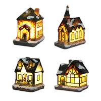 Natale in miniatura resina villaggio villaggio scultura con illuminazione a LED Building figurine ornamenti casa vacanze bambini regali Y0913