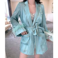 Blusa de ponto aberto do cetim de seda chique com faixa feminina camisa longa da fôrma da moda da moda Solta pijamas do estilo Lady Bluses camisas