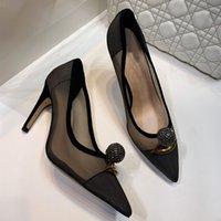 2021 Fashion Dress Shoes Ladies High Tacchi alti Squisiti e comodi cinturini Donne Lettere Stivali corti in pelle Materiale Dimensioni 35-41