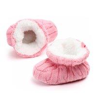 First Walkers Infant Crochet Knit Baby Scarpe per ragazzi Ragazze Inverno Warm Borns Borns Soft Solex Footwear Stivali da culla per bambini