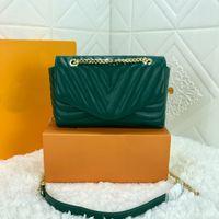 الأزياء الأخضر حقيبة الكتف السيدات الفاخرة سلسلة crossbody أكياس رفرف لينة تصميم مطرز جودة عالية حقيبة يد جلد طبيعي