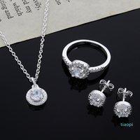 2015 Nuevo diseño 925 Sterling Silver CZ Diamond Necklace Anillo Pendientes Conjunto de joyería de moda Regalo de boda para mujer