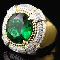 ring green inlaid red, and gold s for fashionable men