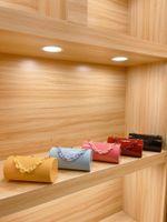 Kadın Omuz Tasarımcılar Çanta Kutusu Tarzı Tasarım Kadın Lüks Messenger Çanta Akrilik Şeffaf Takı Akşam Çanta