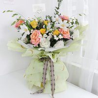 Papel de embalaje de flores de moda 58x58cm 20 hojas / bolsa impermeable Día de San Valentín Día de San Valentín Bouquets Roses envolviendo suministros de fiesta de boda
