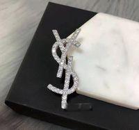 2021 Nouveau tempérament européen et américain Personnalité Diamond Broche Broche Costume Pull Sweater Accessoires Broche Pin