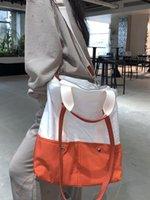 Портфели 22ss Большой емкость может быть ручной или односвязной или односвязной погрешностью мешок мужчины женщины мода четыре сезона крошечная искра Lil Peep