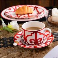 Bardaklar Tabaklar Yüksek dereceli Kemik Çin Çin Kırmızı Kahve Fincanı Seramik Çay Siyah Çanak Hayvan Masa Yılı Seti Düğün ve Eve Yükleme Hediyeler