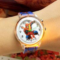 Cartoon Bunte leichte Silikonquarzuhren Kinder Kinder Mädchen Mode Armband Helle Polaruhr