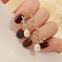 Stud Vintage Exquisite Leaf Pearl Earrings For Women Designer Creativity S925 Needle Luxury Jewelry High Quality Zircon Gift