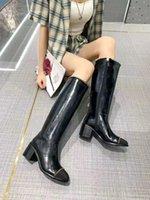 2021 Neueste CLNE Designer Stiefel Moderne Damenschuhe Mode Metallkette Dekoration Cowhide Wildleder Elegantes Temperament und komfortable Größe für 35-41