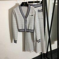 2021 Sonbahar V Boyun Uzun Kollu Lüks kadın İki Parçalı Pantolon Marka Aynı Stil Tasarımcı Kadın İki Parçalı Setleri 0719-2