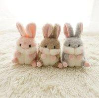 13 cm Nette Haustier Keychain Ball Plüschtier-Spielzeug Pelzige lange Ohren Weiße Kaninchenpuppe Schultasche Hängen