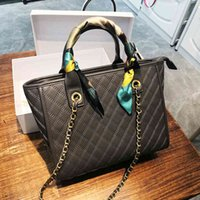 tote Lingge chain women's and small fragrance middle ancient bag large capacity One Shoulder Messenger BagBrand package