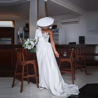 Plus Size Mermaid Bridal Gown One Shoulder Appliqued Lace Beads Wedding Dresses Sweep Train Beach Ruched Satin Robe de mariée