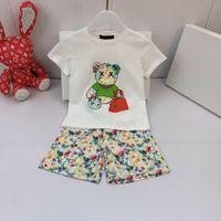Designer Kids T-shirt de manga curta + shorts Tie Tyeing Sets Childrens terno marca meninas roupas de algodão 110-160 clássico graffiti urso carta de impressão carta