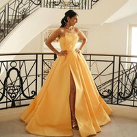 Gorgeous Sexy Simple Yellow A Line Prom Dresses Strapless Neck Pleated High Side Split Evening Gowns Sweep Train Satin Lace Up Back Formal Dress