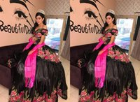 Sexy Black Satin Off Shoulder Quinceanera Dresses with Sleeves 3D Floral Flowers Organza Applique Embroidered Vestido de Sweet 15 Prom Eveening Dress