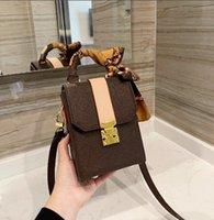 Bolsa de flip bandolera de un solo hombro de las mujeres Dama bolso de la señora Mensajero de alta calidad 4 colores WF2103252