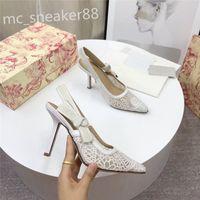 Mulheres Mulheres High Heeled Sandálias Gladiador Gladiador Sapatos Lisos Sapatos Lisos Sapatos de Saltos Fashion Sexy Letter Pano Salto Slipper Tamanho 35-42