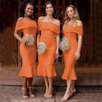 Designer Strand Einfache orange Meerjungfrau Brautjungfer Kleider aus Schulter Tee Länge Garten Land Hochzeit Gast Party Kleid Haustiergeisteimmaid
