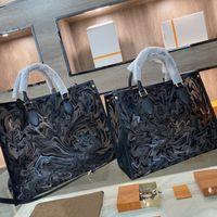 أكياس المصممين الفضلات حقيبة يد الصيف حقيبة الشاطئ 21SS النساء التسوق أهداف سعة كبيرة إلكتروني طباعة عالية quanlity ZZL2105251