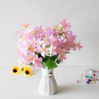 花の束人工水仙のユリの花シミュレーションヨーロッパの家具の装飾的な花輪