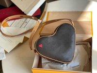Игра на Coeur Crossbody сумки сумки старинные сумки Messenger Mini Desinger Red Heart M57456 Сумки Luxurys дизайнеры в форме сердца