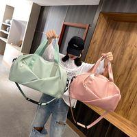 Duffel Bags Fashion Fitness Travel Bag For Women 2021 Summer Nylon Waterproof Yoga Gym Sport Large Capacity Crossbody Handbag Sac