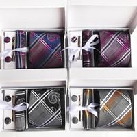 3.35 pulgadas (8 cm) Corbata de los hombres a rayas de ancho Ensemble de boda de plata Paisley Hombre Corbata, pañuelo, Pin y gemelos Caja de regalo Packing1