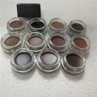 눈 메이크업 눈썹 크림 포마이드 향상제는 소매 패키지가있는 눈썹 크림 11 색을 만듭니다.