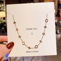 Halsketten 18K Titan Stahl Halskette Frauen Gold Runde Vier Blattklee Klee Hängekragen, Harajuku Mode Menschen mit Zubehör
