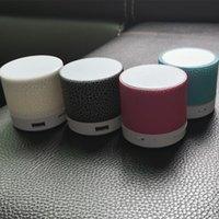 Bluetooth haut-parleur Mini Sans fil sans fil Crack LED TF Card USB Subwoofer Portable MP3 Music Colonne de son pour PC Mobile Téléphone